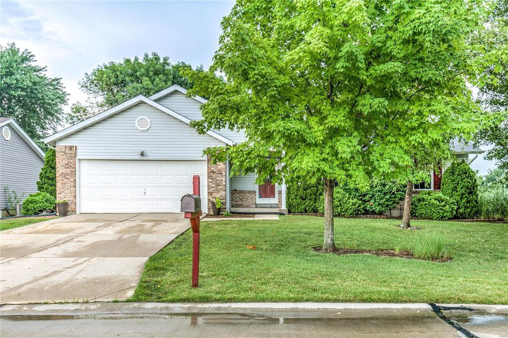 6401 Long Timber Dr O Fallon, MO 63368