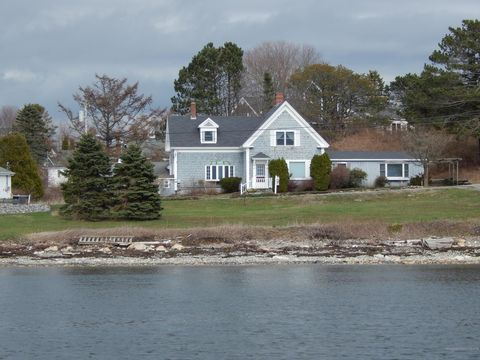 waterfront homes for sale in bailey island me realtor com rh realtor com