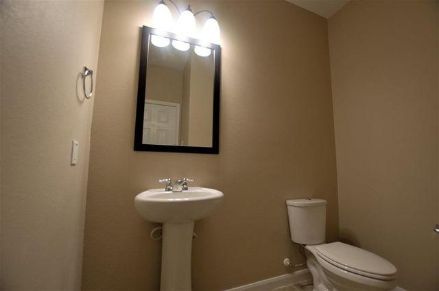 Bathroom Sinks Houston Tx 17115 wilthorne gardens ct, houston, tx 77084 - realtor®