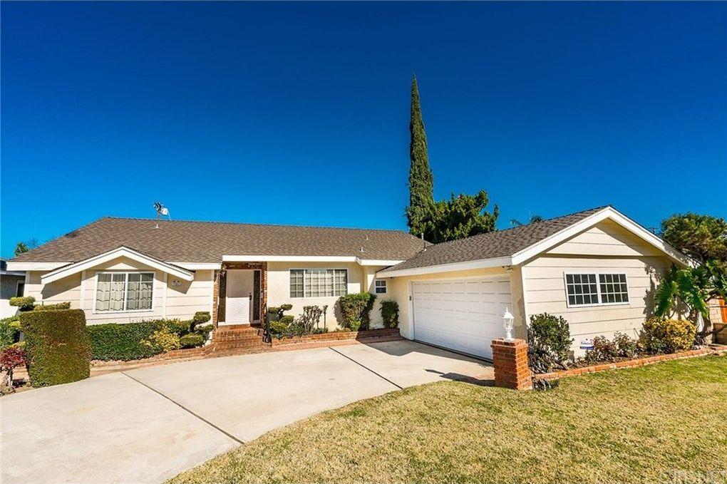15917 Acre St, North Hills, CA 91343
