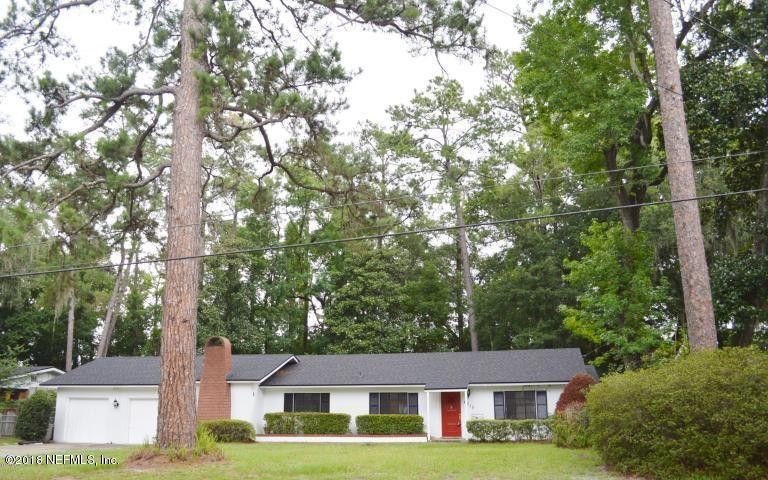 4215 Water Oak Ln, Jacksonville, FL 32210
