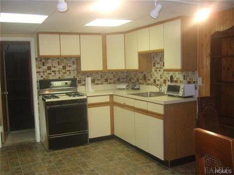 525 Brewster Hill Rd, Brewster, NY 10509