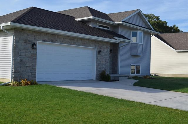 241 coyote trl kouts in 46347 home for sale real for The family room kouts in