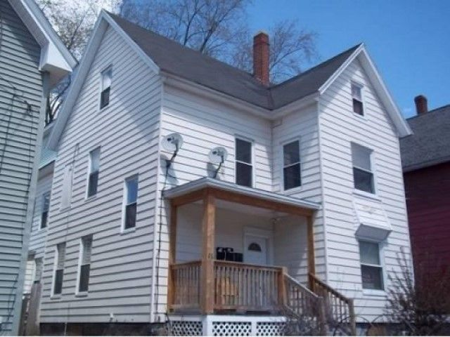 26 Welch Ave, Manchester, NH 03103