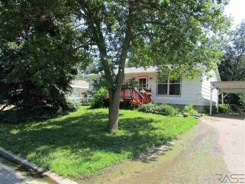 409 W Mary St, Worthing, SD 57077