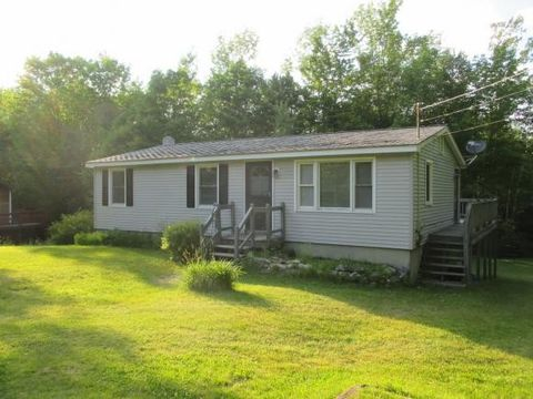 153 James St, Bethlehem, NH 03574