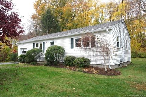 24 Maple St, Chester, CT 06412