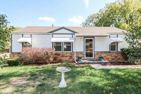 1058 N Kokomo Ave, Derby, KS 67037
