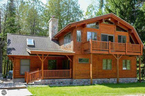 Traverse City Mi Real Estate Traverse City Homes For