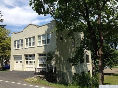 224 Main St Unit 2 A, Germantown, NY 12526