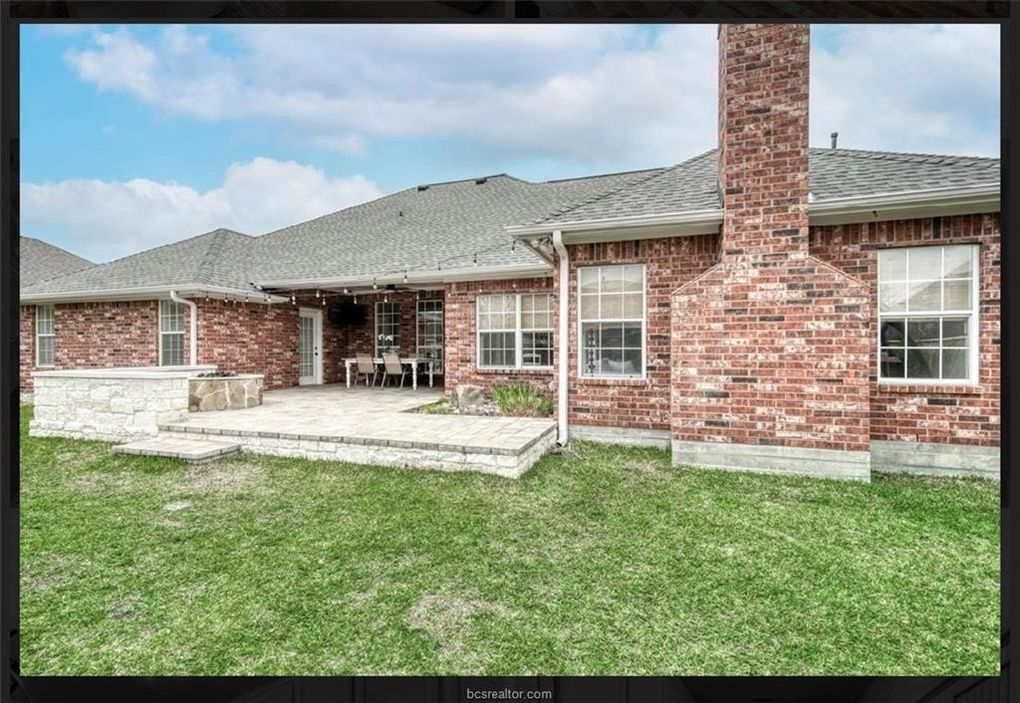810 Pine Valley Dr, College Station, TX 77845 - realtor.com®