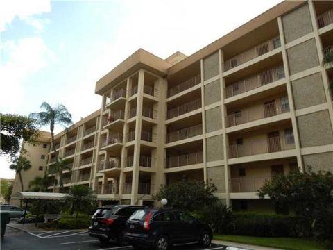 2650 S Course Dr Apt 604, Pompano Beach, FL 33069