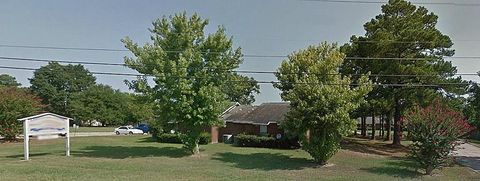 Photo of 545 E 1st St, Groveton, TX 75845