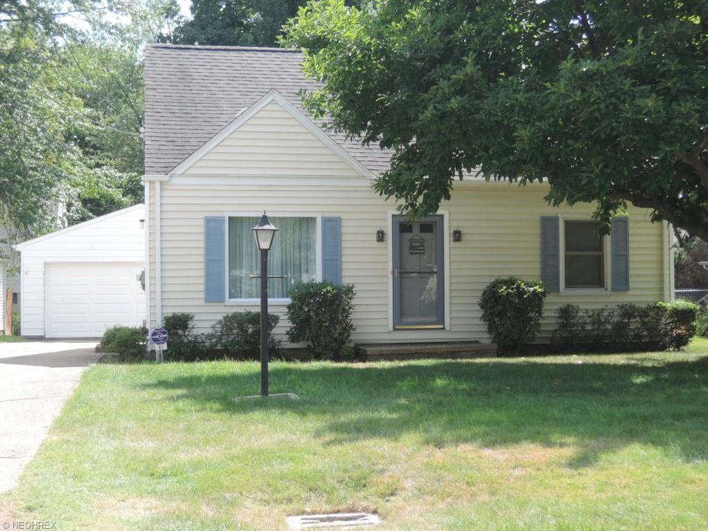 81 Woodrow Ave, Youngstown, OH 44512 - realtor.com®