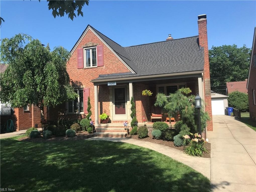 3281 W 165th St Cleveland, OH 44111