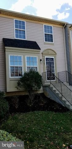 Photo of 6107 W Hil Mar Cir, District Heights, MD 20747