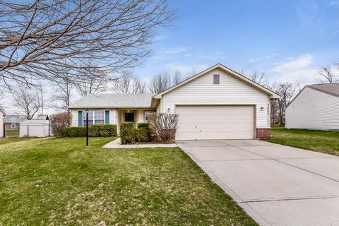 Photo of 7467 Grandview Dr, Avon, IN 46123