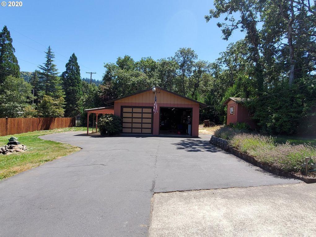581 SE Thompson Ave Winston, OR 97496