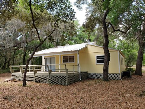 Photo of 6921 Gatorbone Rd, Keystone Heights, FL 32656