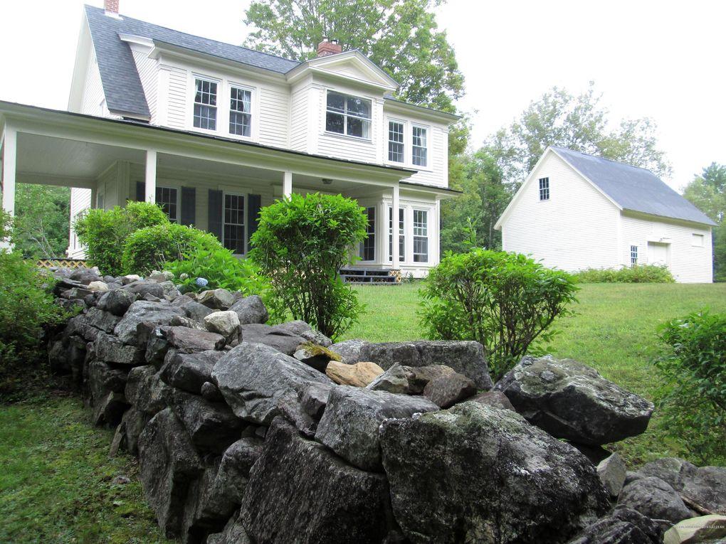 330 Pond Rd Mount Vernon, ME 04352