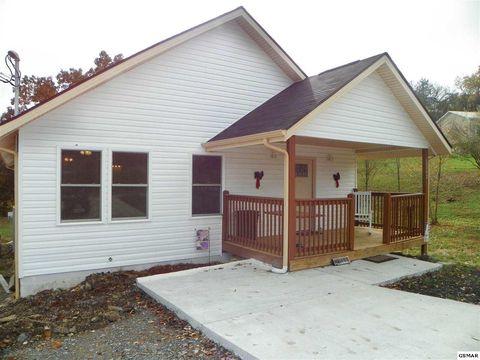 Photo of 2242 Green Acres Cir, Sevierville, TN 37862