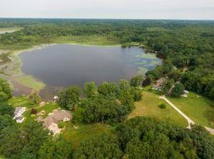 B Garver Lake Rd Edwardsburg, MI 49112