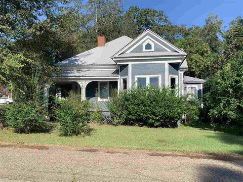 Photo of 2405 Leaf Ave, Prentiss, MS 39474