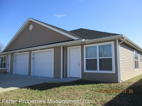 Photo of 1350 Old Plank Rd, Newburgh, IN 47630