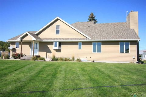 Photo of 46070 281st St, Hurley, SD 57036