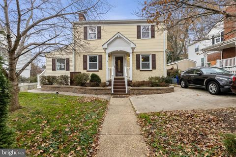 Photo of 2711 East West Hwy, Chevy Chase, MD 20815
