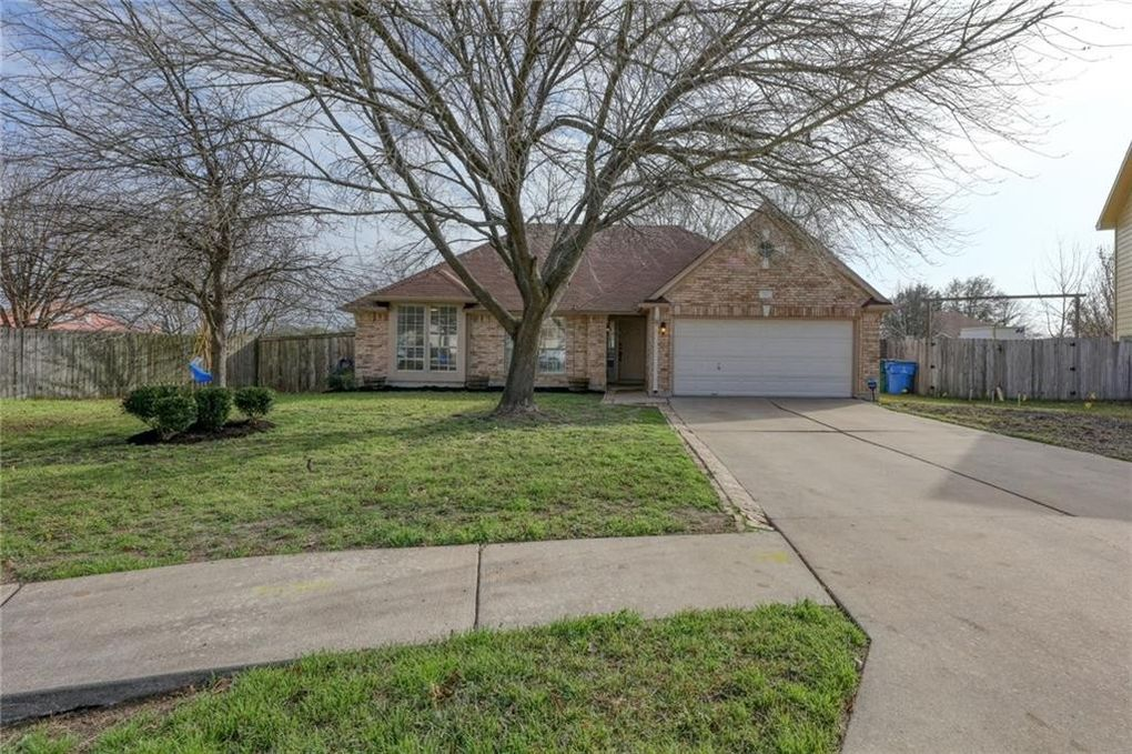 707 Holly Ct Pflugerville, TX 78660