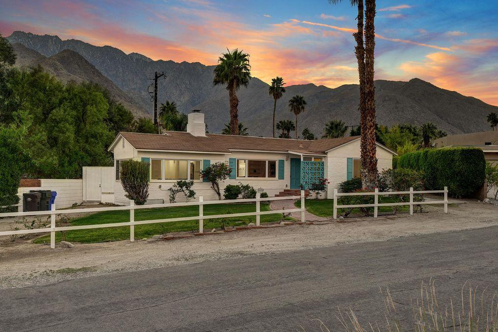 2481 N Cardillo Ave Palm Springs, CA 92262