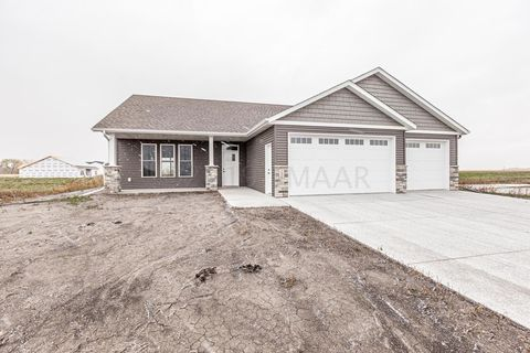 Photo of 1506 5 Ave Ne, Dilworth, MN 56529