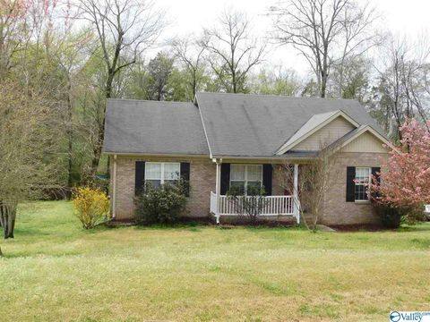 Photo of 206 Steppe Ct, Huntsville, AL 35811
