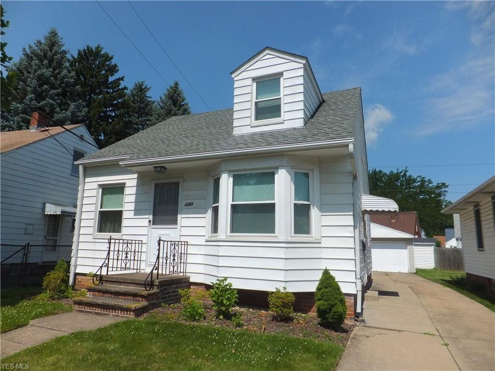 4358 Redding Rd Cleveland, OH 44109