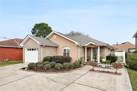 Photo of 3705 Transcontinental Dr, Metairie, LA 70006