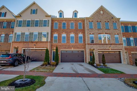 Photo of 15343 Tewkesbury Pl, Upper Marlboro, MD 20774