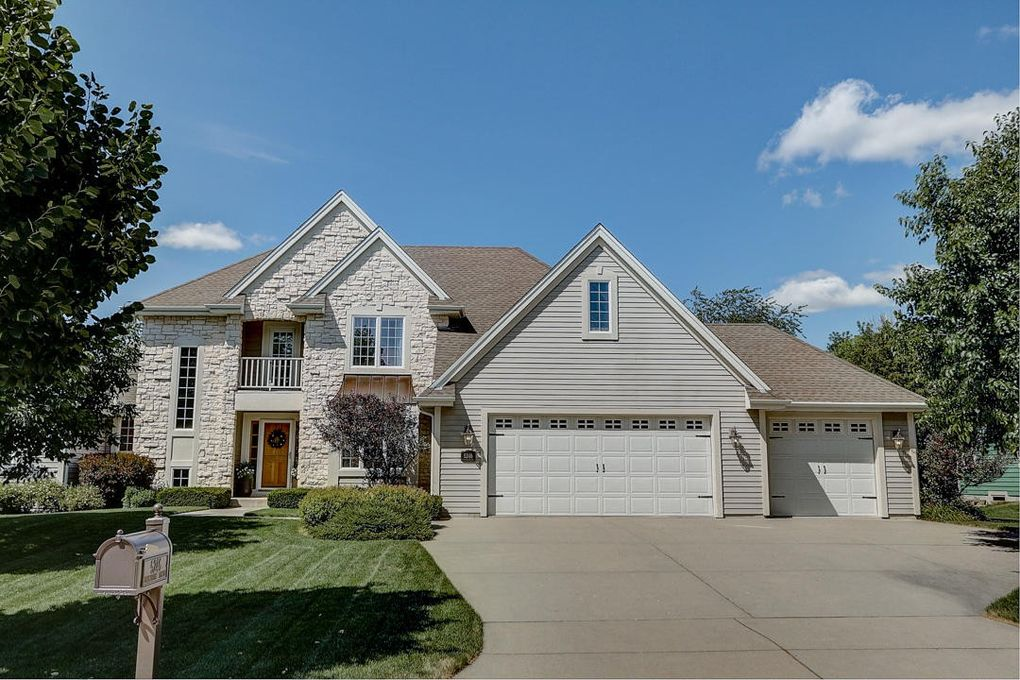 5246 W Princeton Pines Ct Franklin Wi 53132 Realtor Com