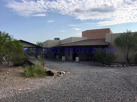 Photo of 5654 W Vereda Del Coyotito, Tucson, AZ 85745