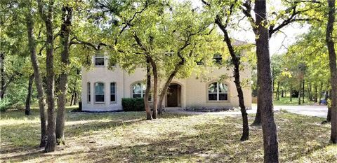 Photo of 149 Spanish Oak Trl, Elgin, TX 78621