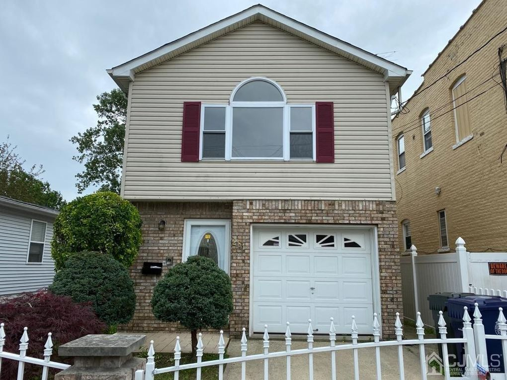 281 Alpine St Perth Amboy Nj 08861 Realtor Com