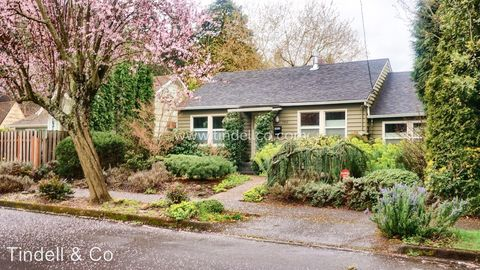 Photo of 7933 N Foss Ave, Portland, OR 97203