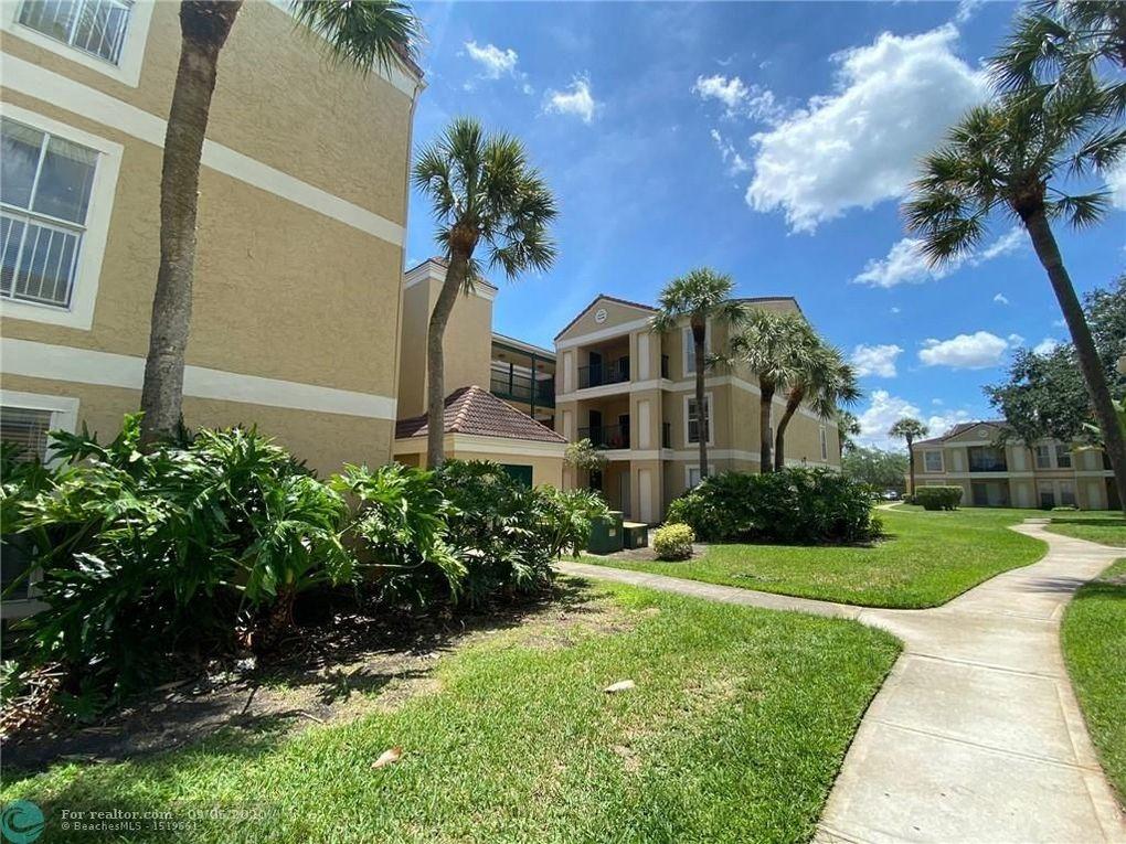 733 Riverside Dr Apt 1211 Coral Springs, FL 33071