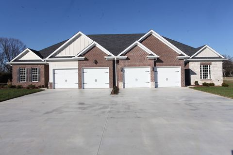Photo of 1301 Burl Woods Ct, Bowling Green, KY 42103