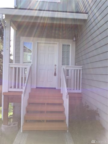 Photo of 2822 144th Pl Sw, Lynnwood, WA 98087