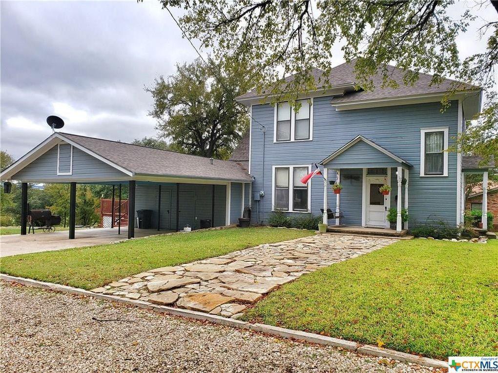 1316 South St Gatesville, TX 76528