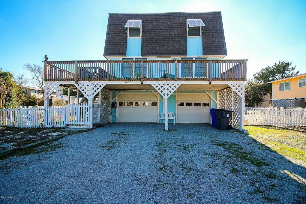 3635 W Pelican Dr Oak Island Beach, NC 28465