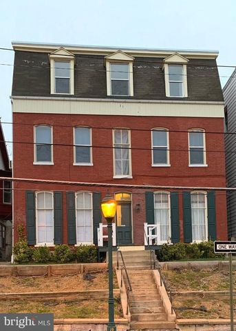 Photo of 165 Summit Ave Apt 6, Hagerstown, MD 21740