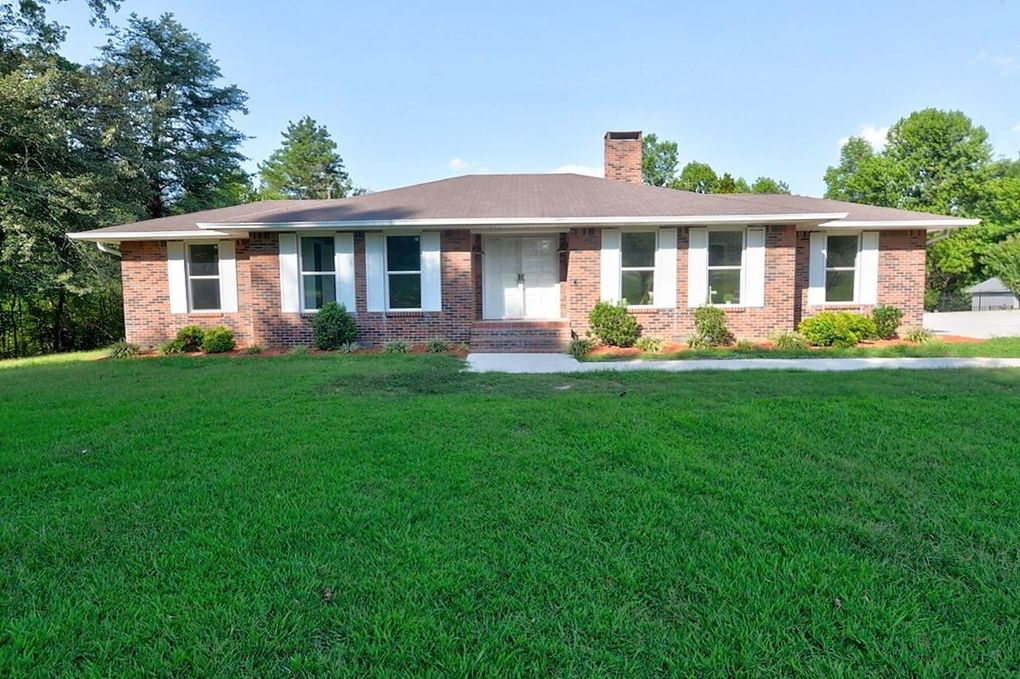 851 Evergreen Dr Dayton, TN 37321