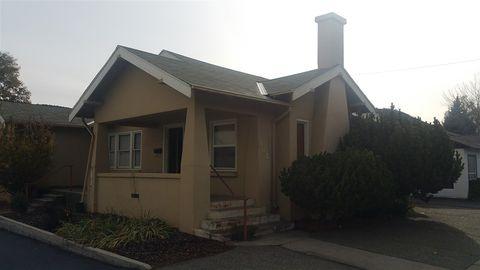 Photo of 302 N Main St, Yreka, CA 96097
